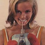 14 anuncios muy 'sesenteros' y refrescantes de Coca-Cola y Pepsi