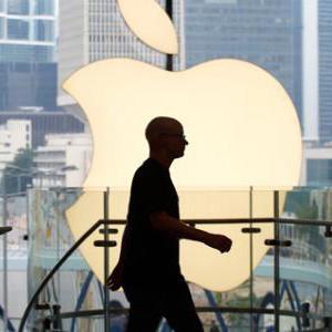 Las acciones de Apple, por debajo de los 100 euros por primera vez en 5 años