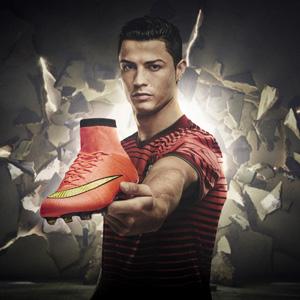 Cristiano-Ronaldo-botas-Mundial-Nike-Mercurial-SuperFly-IV-3