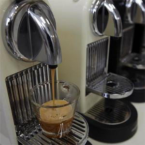 Nespresso pierde una batalla en la guerra de las cápsulas y deberá pagar 540.000 euros a una marca rival