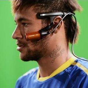 Neymar marca para Panasonic el gol más difícil de su vida