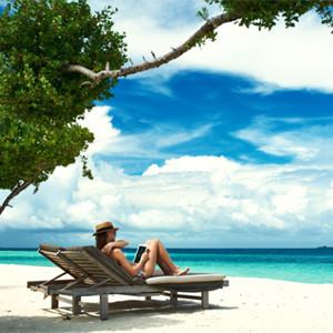 ¿Se toma el consumidor vacaciones del e-commerce en verano?