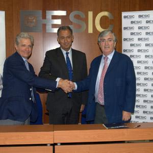 Firma acuerdo Avalmadrid-ESIC