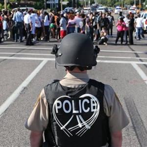 La policía de Ferguson arresta a un veterano fotógrafo de la agencia Getty