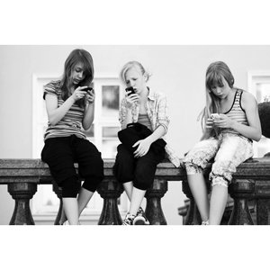 adolescentes prefieren nuevas tecnologías a la moda
