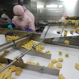 El escándalo de la carne podrida en China obliga a las cadenas de comida rápida a apostar por la transparencia