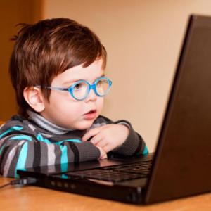 Google está pensando en permitir el acceso a sus plataformas a menores de 13 años