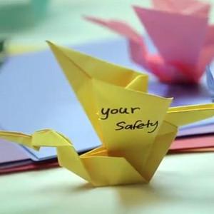 La promesa de Johnson's Baby en mil origamis: ingredientes seguros para atraer a las