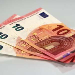 ¿Quiere ganar un iPad mini? Hágase un selfie con el nuevo  billete de 10 euros para el BCE