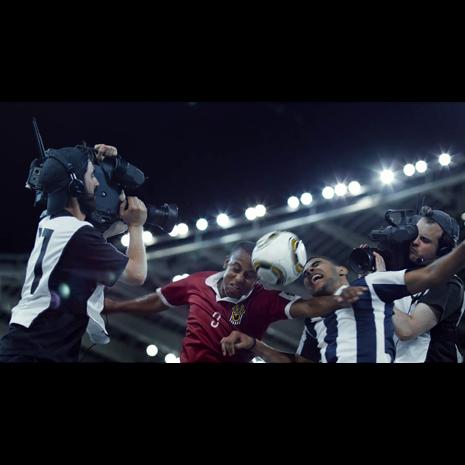 BETC y CANAL+ promocionan la cobertura de la nueva temporada de fútbol en Francia con esta nueva campaña