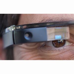 No es más seguro mandar mensajes con Google Glass que con el móvil, según un estudio