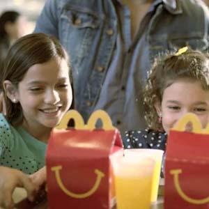 McDonald's, Coca-Cola o Mars se comprometen ante la OMS a proteger a los menores en su publicidad