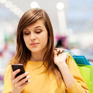 """Una tercera parte de los consumidores utiliza su móvil como """"brújula"""" en el punto de venta"""