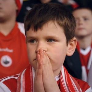 KFC logra que dos pequeños futboleros marquen un golazo a los