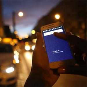 """Un tribunal parisino impone a la app Uber una multa de 100.000 euros por """"mentirosa"""""""