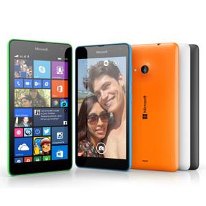 Microsoft presenta en sociedad su primer smartphone huérfano del branding de Nokia