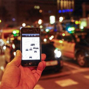 Uber echa el cierre temporalmente en España y los taxistas reciben la noticia con optimismo moderado