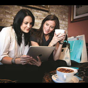 Tablet-Users-Coffee-Shop-Cloud-Wi-fi