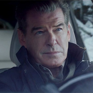 El ex agente 007 Pierce Brosnan protagonista del comercial de KIA para el Super Bowl