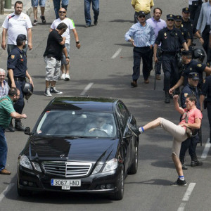 """Otro mazazo a Uber: Cataluña inmovilizará los coches que hagan viajes """"pirata"""""""