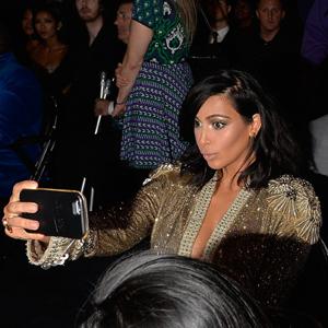 kim karadashian selfie gadget luz