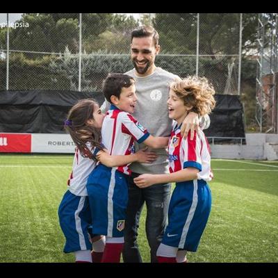 Interprofit desarrolla la campaña de sensibilización social sobre la epilepsia infantil impulsada por FEDE junto al Atlético de Madrid