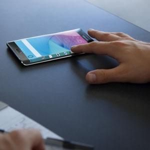 Les mostramos en primera persona por qué el Samsung Galaxy S6 Egde ha llegado para cambiar el mercado #MWC15