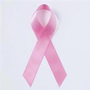 Una original campaña aprovecha las felicitaciones del día de la madre para concienciar sobre el cáncer de mama