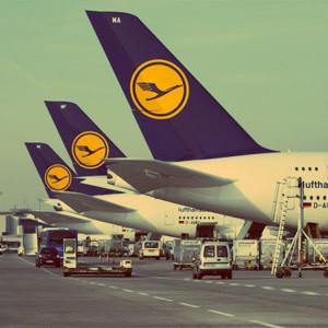 La celebración del 60º aniversario de Lufthansa, en el aire tras la tragedia aérea de Germanwings