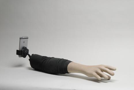brazo selfi 2