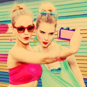 """El 45% de los millennials no descarta """"canitas al aire"""" en su relación con sus firmas de moda favoritas"""