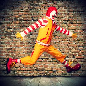 McDonald's le jura amor (y trabajo) eterno a Ronald McDonald