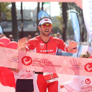 Más de 1.500 triatletas protagonizaron el estreno de PortAventura Challenge Salou