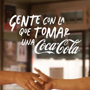 ¿Con quién se tomaría una Coca-Cola? La famosa marca de refrescos le da algunas pistas