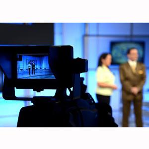 Tsipras reabre la televisión pública griega que vuelve a emitir tras dos años en negro