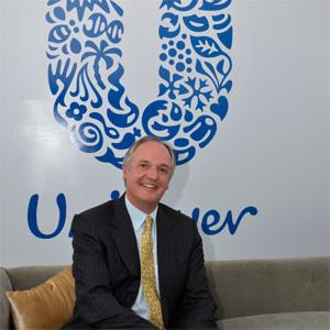Paul Polman, CEO de Unilever, confiesa que gana demasiado dinero