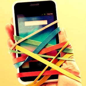 ¿Adicción al móvil? 18 imágenes que demuestran lo enganchados que estamos