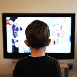 La CNMC establece 7 categorías por edades para los contenidos audiovisuales