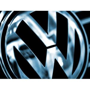 """Volskwagen le roba la """"corona"""" a Toyota en el mercado de la automoción"""