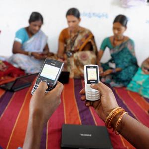 INDIA-ECONOMY-RURAL-WOMEN-TECHNOLOGY