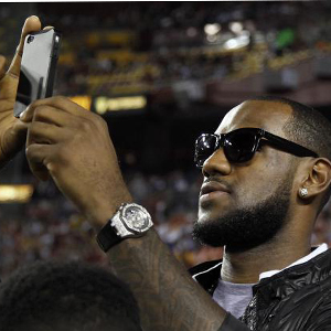 Prepare la cartera: cada tuit de LeBron James cuesta la friolera de 140.000 dólares