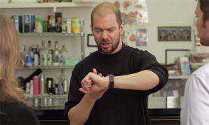 Un divertido vídeo muestra cómo el Apple Watch puede ser una verdadera pesadilla