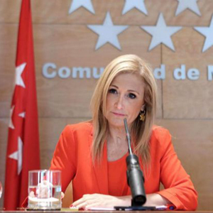 Cristina Cifuentes no descarta cerrar Telemadrid si resulta