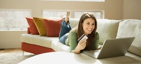 Uno de cada tres españoles realizará las compras de la vuelta al cole por internet