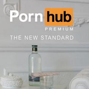 Pornhub recurre al humor en estos divertidos spots para promocionar su servicio premium