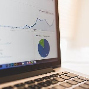 Las 7 claves para desarrollar tu start-up (desde cero y sin recursos) – Bertrand Regader