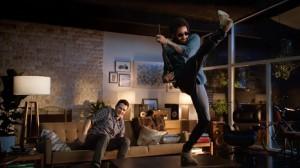 Lenny Kravitz y James Franco se baten en duelo en el tráiler promocional de Guitar Hero Live