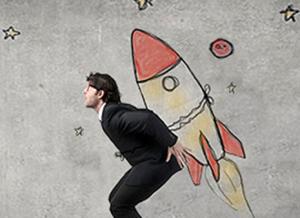 internetAcademi lanza 105 becas para realizar masters online en Marketing Digital