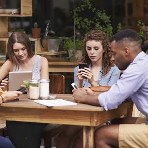 millennials smartphones jovenes