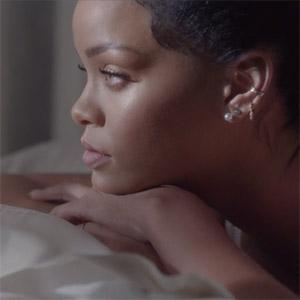 La nueva campaña de Samsung invita a descubrir el secreto de una misteriosa Rihanna